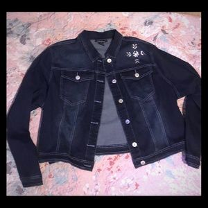 Jean jacket w/rhinestone cross